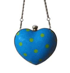 a blue heart clutch for each of the bridesmaids #ProjectPinboard #EllenMedlock