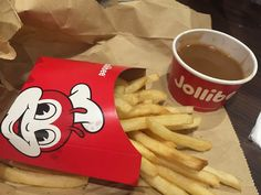 Jollibee Restaurant open Kahului Maui Jan 2020 | Georgie Hunter