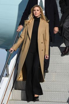 discount fashion sites - President Trump Lands at > Pittsburgh Air Reserve Station > Article Display Ivanka Trump Outfits, Ivanka Trump Style, Ivanka Trump Dress, Mode Outfits, Chic Outfits, Fashion Outfits, Business Outfits, Business Fashion, Look Fashion