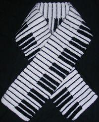 Piano keyboard crochet / knit scarf free pattern – amigurumide – The Best Ideas Crochet Scarves, Crochet Shawl, Crochet Clothes, Crochet Hooks, Knit Crochet, Scarf Knit, Crotchet, Crochet Music, Crocheted Scarf