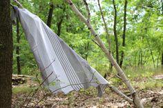 Dračí šál. Pletený šál /šátek/ ze 100% bambusové příze. Příjemný, měkký a hladký na dotek, splývavý úplet. Outdoor Furniture, Outdoor Decor, Drake, Hammock, Home Decor, Bamboo, Decoration Home, Room Decor, Hammocks
