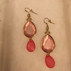 ❤️SALE❤️ Pink charming Charlie earrings Adorable earrings! Love the two different pink colors! Charming Charlie Jewelry Earrings
