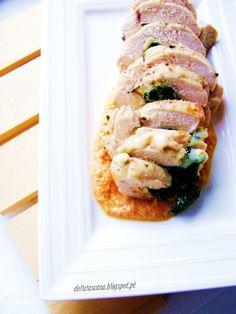 DELICIAS CÁ DE CASA: Peito de frango recheado com grelos e queijo