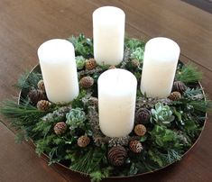 Adventskransen – Dalsgaard i Skivholme Diy Decorations New Years, Christmas Candle Decorations, Advent Candles, Holiday Decor, Christmas Home, Christmas Wreaths, Christmas Cookies Gift, Diy Weihnachten, Easter Wreaths