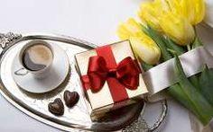 kávé tulipán ital virágcsokor és dekoráció valentin csokoládé