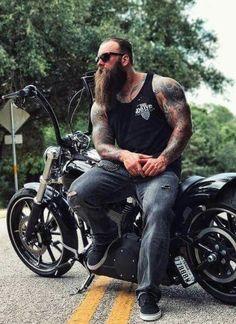 Beard and Bike - the perfect match Hairy Men, Bearded Men, Sexy Tattooed Men, Biker Love, Biker Style, Harley Davidson, Motorcycle Men, Epic Beard, Badass Beard