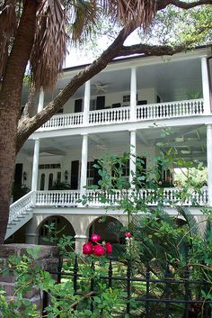 Time for a southern architectural resurgence says I. //Beaufort, SC