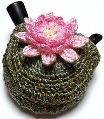 Ravelry: Lotus Kyusu Cozy pattern by Králík for a small pot