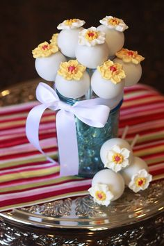 Cake Pop Flowers, Mother's Day, Spring Cake Pops, daffodils