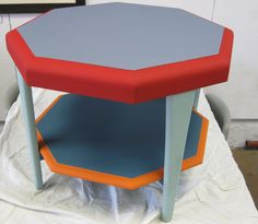 coffee table upcycled with Annie Sloan chalk paint