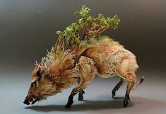 The incredibly intricate and captivating custom animal sculptures by Creatures From El, Ellen June. Beast of Londony