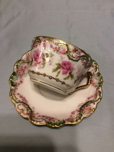 You are bidding on an antique AK CD Limoges France cabinet plate. Coffee Cups And Saucers, Teapots And Cups, Tea Cup Saucer, Vintage Dishes, Vintage Tea, Tea Party Setting, Tea Pot Set, China Tea Cups, Antiques