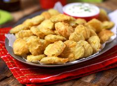 Hooters Copycat Recipe: Fried Pickles