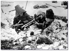 japanese soldiers who did not know ww2 ended   Romanian soldiers with a ZB 20 machine gun at Stalingrad in 1942. The ...
