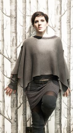 Bell Sleeves, Bell Sleeve Top, Fashion, Fashion Styles, Mists, Fall Winter, Moda, Fashion Illustrations