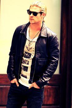 Ello sweetie. Chris Hemsworth (: