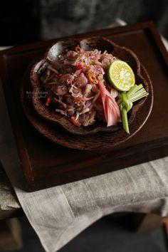 Balinese sambal : sambal matah  Food yummy. Love to eat