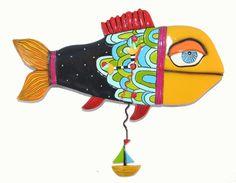 デザインがとてもかわいいお魚の掛け時計