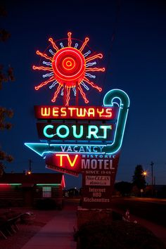 This photo of the neon sign outside the Westaways Court Motel in Delta, Colorado, is part of Boston-based architectural photographer Steve Lewis' ongoing project documenting vintage American neon signs nationwid Cool Neon Signs, Vintage Neon Signs, Advertising Signs, Vintage Advertisements, Neon Rosa, Station Essence, Retro Signage, Neon Glow, Old Signs