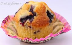C'est ma fournée !: Les muffins aux myrtilles : ze recette ! Bakery Recipes, Cupcake Recipes, Dessert Recipes, Cupcake Cake Designs, Cupcake Cakes, Strawberry Cream Cheese Frosting, Desserts With Biscuits, Cake Factory, Wedding Cakes With Cupcakes