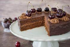 Sallys Rezepte - Schokoladen-Nougat-Torte mit Kirschen