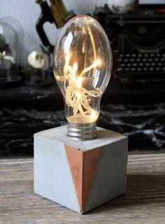 Lampe cube béton industriel et led : Luminaires par carte-blanche
