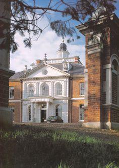 Merks Hall, Essex, England  http://www.vacationrentalpeople.com/rental-property.aspx/World/Europe/UK/East-England/Essex/Barn-11016