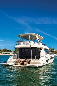The new Aquila 44 catamaran offers buyers an easy-to-operate vessel and joins the 38 and 48 in the Aquila Power Cat Catamaran For Sale, Power Catamaran, Speed Boats, Power Boats, Yacht Boat, Sailing Yachts, Boat Design, Yacht Design, Ski Nautique