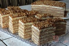 Delicious nut and nougat cuts - Backen - PastaRecipes Torte Cake, Cake Bars, Candy Recipes, Sweet Recipes, Nougat Torte, Nougat Recipe, Eastern European Recipes, German Cake, Sweet Bar