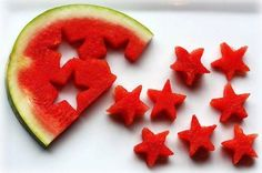 Watermelon stars -Memorial Day/Fourth of July 4th Of July Party, Fourth Of July, Patriotic Party, Snack To Go, Snacks Für Party, Kid Snacks, Easy Snacks, Cute Food, Awesome Food