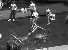 (gif of Guan Yuqing's Tkatchev+Kim+swing down 1/2)