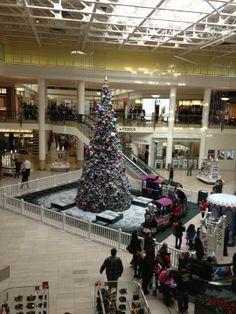 Staten Island Mall in Staten Island, NY
