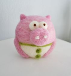 Roundee Be Collection Oink Oink Pig in Pink by MurpheeBe on Etsy