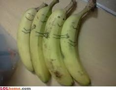 Banana Spooning ---If anyone's feeling hungover or blue today, I promise this photo of a bunch of bananas will cheer you up. Make Me Happy, Make You Smile, Lol, Mal Humor, Cheer You Up, I Smile, Funny Cute, That's Hilarious, Cuddling