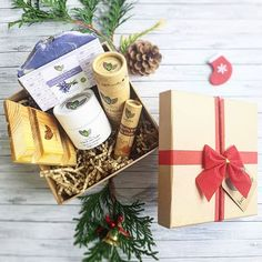 Yep, it is this time of the year!For Christmas, give nature in a box to your loved ones, give all-natural ethical skin care products (and it is ALL handmade)..herbalEra Christmas gift boxes are a limited holiday edition.Which one would you choose?