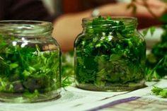 Beauty Recipe, Hair Pins, Natural Remedies, Cucumber, Healthy Life, Helpful Hints, Mason Jars, Health Fitness, Herbs