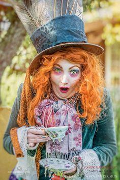 Model: Samantha Bos - van der Sluis   Mua, visagie, styling, hat:  Mariëlle Last (Visagie Vamps and Dolls) Fotografie & bewerking: Fotografie Wognum  #mua #madhatter #visagie #hoorn #hatdesign #aliceinwonderland #disney #maccosmetics #thenetherlands #teaparty