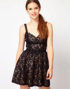 PARTY! Mini vestido Lolita de Renda