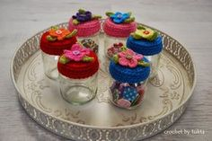 Hello there, Today I would like to share a colorful jar lid cover...I really love...