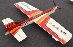 Flying Lines Favorite Planes Stunt Plane, Rc Model, Model Airplanes, Rc Cars, Stunts, Scale Models, Aircraft, Modeling, Aviation