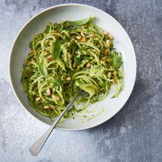 Courgetti, avocado & basil pesto