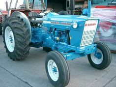 110 Early Labor Savers Ideas Tractors Old Tractors Antique Tractors