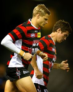 Nick Riewoldt and Lenny Hayes of the Saints warm up during the 2014 AFL Round 08 match between the St Kilda Saints and the Carlton Blues at Etihad Stadium, Melbourne