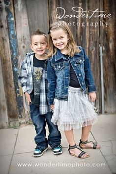 Children's urban photo session in downtown Tucson, Arizona with two sweet kiddos who are dressed great - layers works so well - and look at those smiles! www.wondertimephoto.com