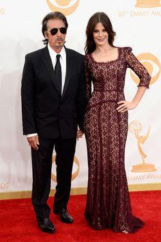 Al Pacino y Lucia Sola. El veterano actor del brazo de su pareja.