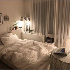 Room Ideas Bedroom, Small Room Bedroom, Bedroom Decor, Apartment Interior, Room Interior, Minimalist Room, Aesthetic Room Decor, Dream Rooms, House Rooms
