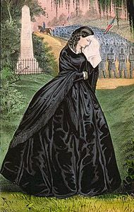 Why All Those Black Dresses? Victorian mourning fashion