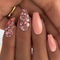 I really love these. nails uñas color salmón, uñas de gel, u Beautiful Nail Art, Gorgeous Nails, Cute Acrylic Nails, Cute Nails, Acrylic Nails For Summer Glitter, Pink Glitter Nails, Sparkle Nails, Spring Nails, Summer Nails