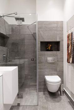 Small bathtub: inspiring models and photos - Home Fashion Trend Small Toilet Room, Small Bathroom With Shower, Loft Bathroom, Small Bathtub, Eclectic Bathroom, Family Bathroom, Bathroom Design Small, Diy Bathroom Decor, Bathroom Styling
