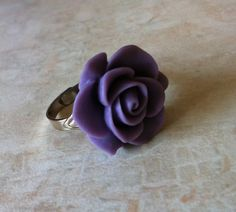 Make a bold statement with this chic light purple acrylic flower ring. Band is a silver tone. Acrylic Flowers, Rose Jewelry, Light Purple, Heart Ring, Diy Projects, Rings, Silver, Etsy, Purple